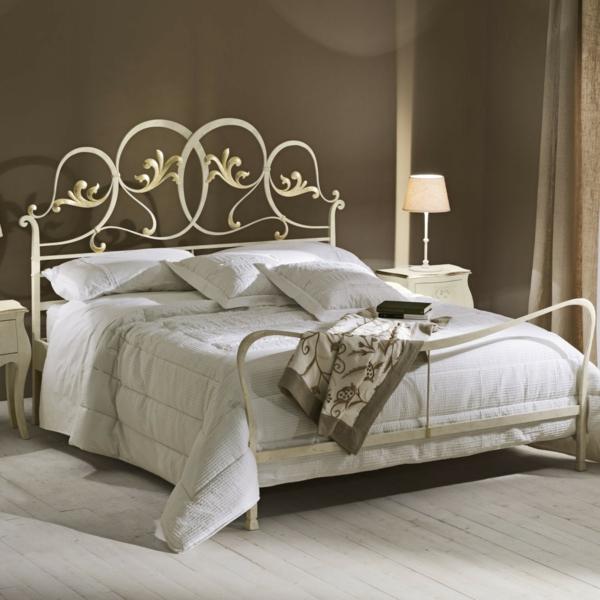 Schlafzimmer gestalten 144 schlafzimmer ideen mit stil - Wandfarbe taupe kombinieren ...