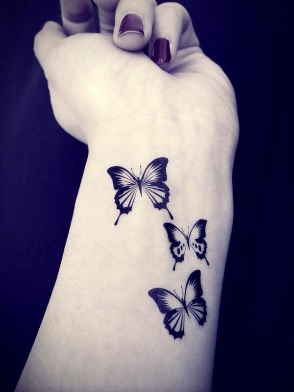 schmetterling tattoo bedeutung handgelenk
