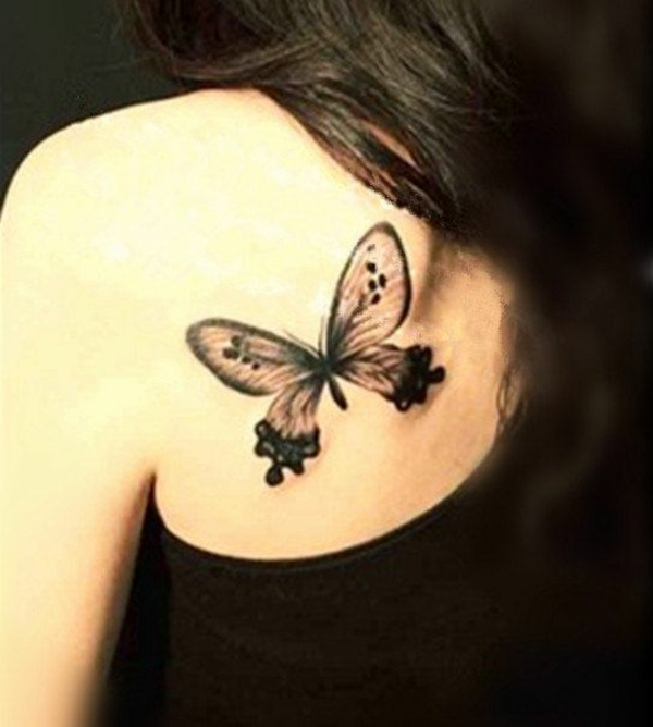 schwarzer schmetterling tattoo coole tattoos