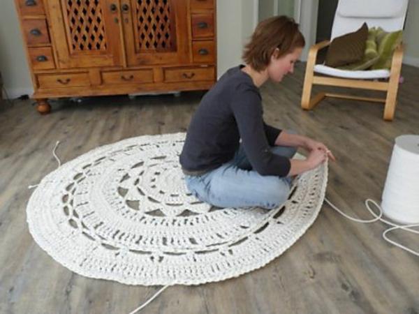 selbstgemacht gestickt teppich rund