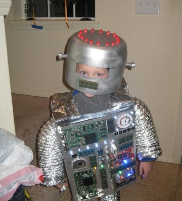 selbstgemachte kostüme kleiner roboter diy projekte