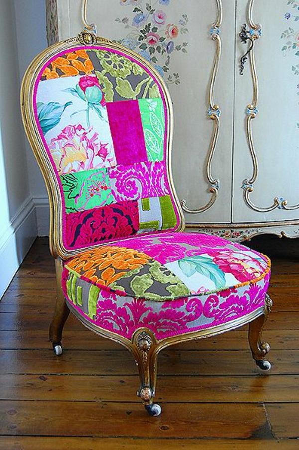 dekoration farbiger stuhl kolorit