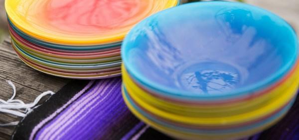party deko farbige teller schüssel