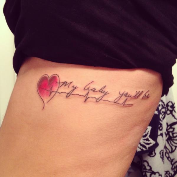 tattoo motive herz herzlinie tattoo sprüche