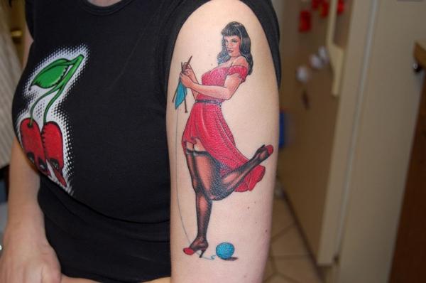 tattoos bilder für tattoo oberarm strickende frau