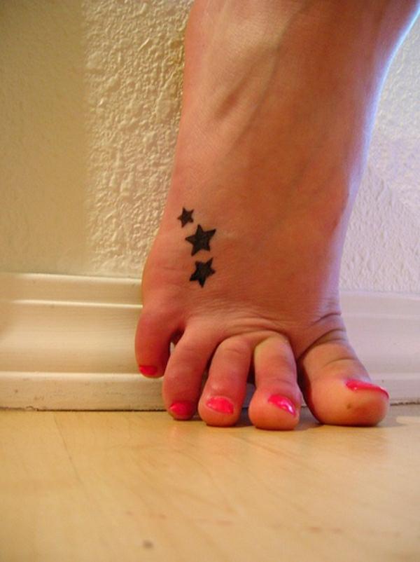 tattoos bilder tattoo fuß sterne