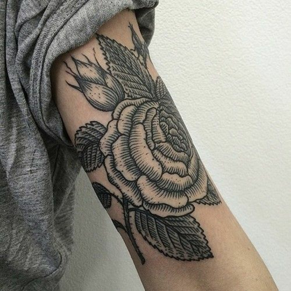 tattoos ideen für tattoo oberarm tolle blume