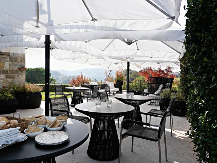 terrasse gestalten restaurants gastronomie outdoor lounge möbel tibaldo kolektion varaschin