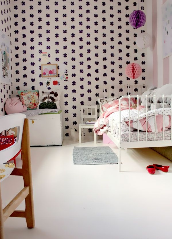 kinderzimmer tapeten farbige ideen f r ihr interieur. Black Bedroom Furniture Sets. Home Design Ideas