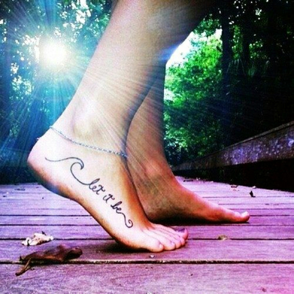 tattoos sprüche fuss tattoo schriftarten