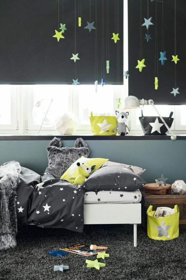 Kinderzimmer sterne  Verdunkelungsrollo Kinderzimmer - bunte Muster und Ideen