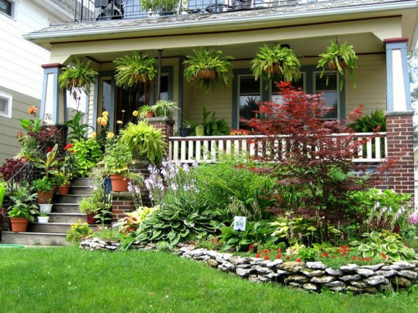 vorgarten gestalten garten hängende pflanzen