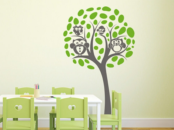 wandgestaltung kinderzimmer einrichten wandtattoo baum eulen wandfarbe grün spielraum