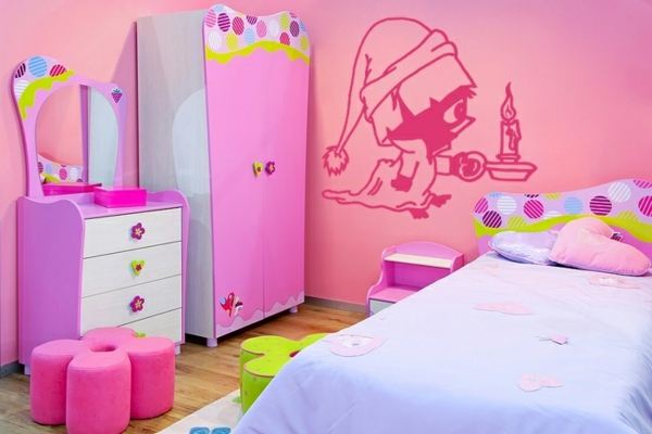 wandgestaltung kinderzimmer wandtattoos mädchenzimmer rosa wandfarbe