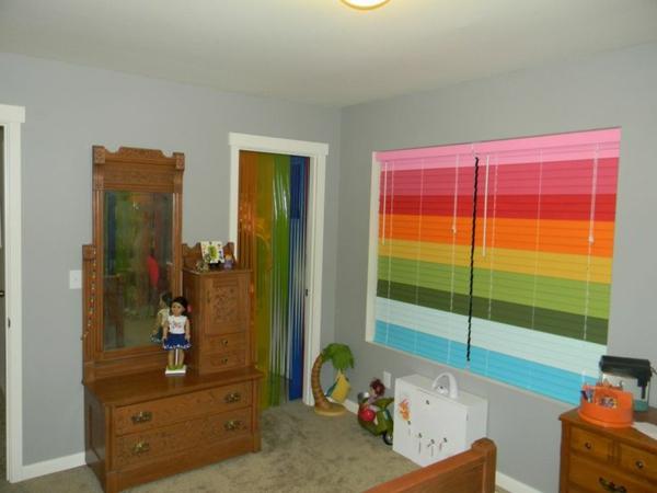kinderzimmer rollos dekoration farbig