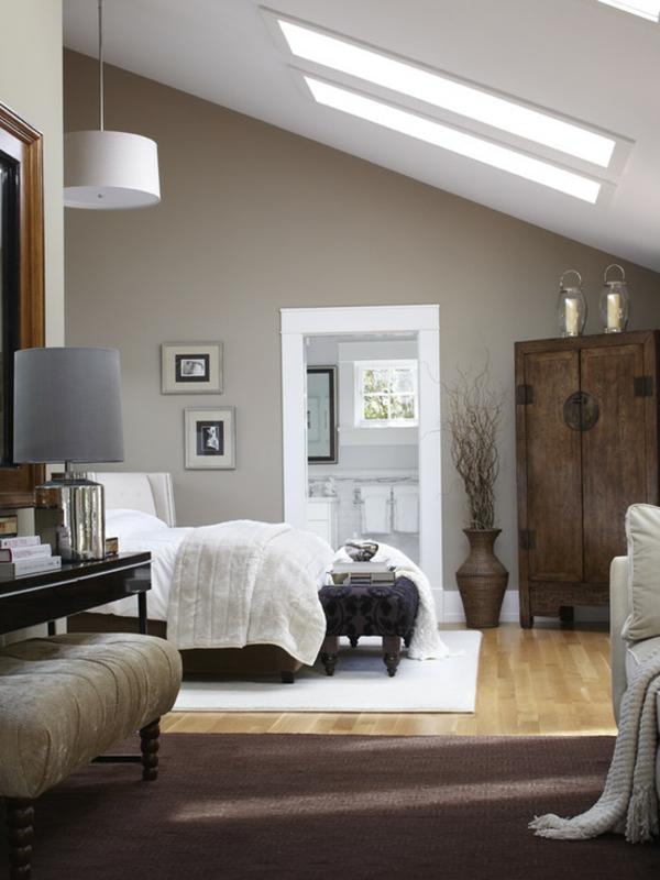 schlafzimmer dachschräge bett holzmöbel