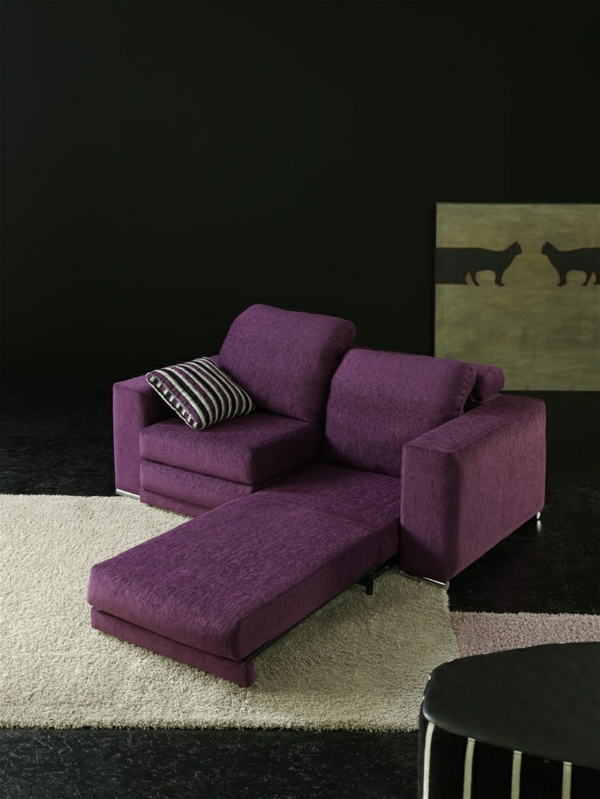 lila wohnzimmer ideen:wohnzimmer ideen Chaiselongue sofa tolle möbel lila