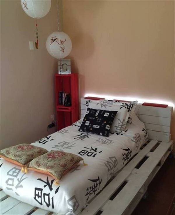 Bettgestelle beistelltisch nachttisch selber bauen paletten holz ...