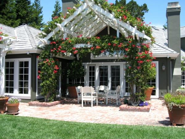 Coole Gartenlauben und Holzpavillons rosen