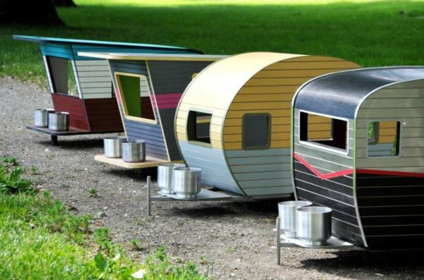 coole karawanen f r haustiere designer hundhaus auf rollen. Black Bedroom Furniture Sets. Home Design Ideas