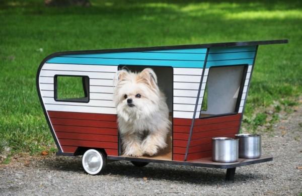 Coole-Karawanen-für-Haustiere-walt-disney
