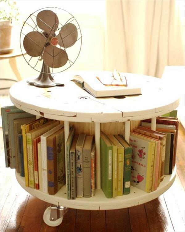diy holz wohnzimmerm bel aus kabeltrommeln. Black Bedroom Furniture Sets. Home Design Ideas