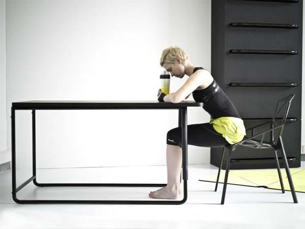 Fitnessraum Sportgeräte zu Hause esstisch