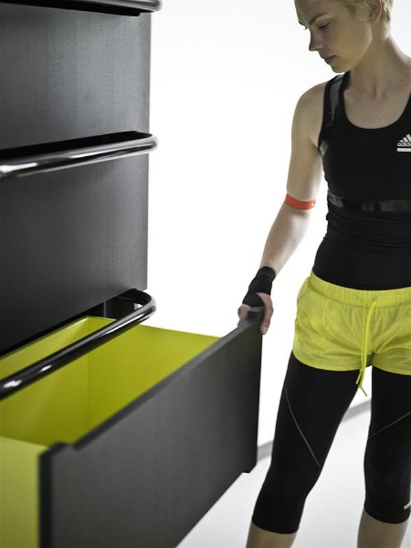 Fitnessraum und Sportgeräte zu Hause möbel
