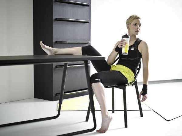 fitnessraum und sportger te zu hause g nstige einrichtungsl sungen. Black Bedroom Furniture Sets. Home Design Ideas