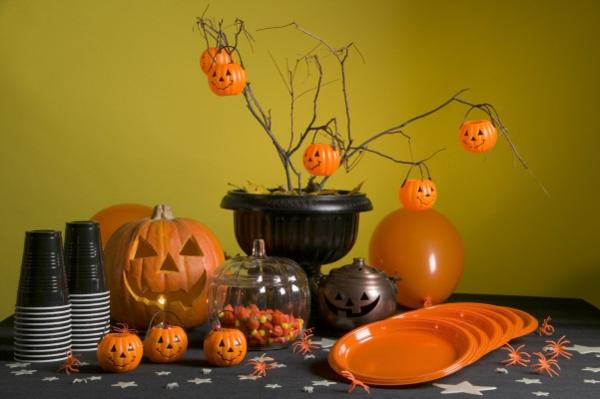 Halloween Deko selber machen kürbisse