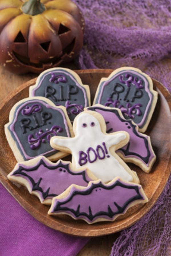 Halloween Party lila farben Essen plätzchen