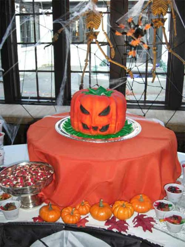kürbisse torten Halloween Party Ideen kuchen böse