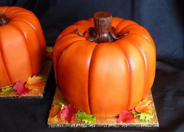 Halloween Party Ideen kürbisse torten kuchen design