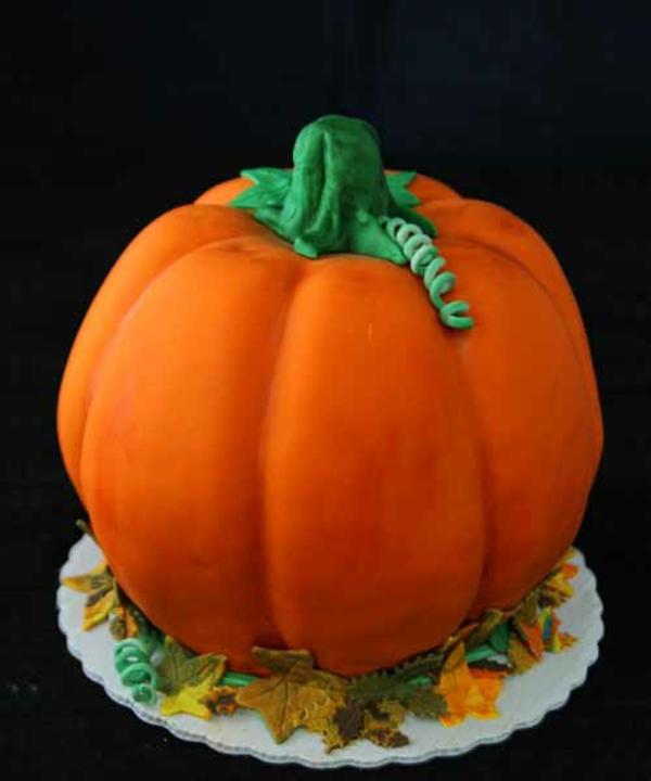 Halloween Ideen kürbisse torten kuchen orange