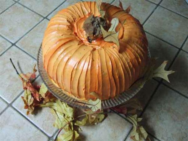 Halloween Ideen kürbisse torten kuchen rund
