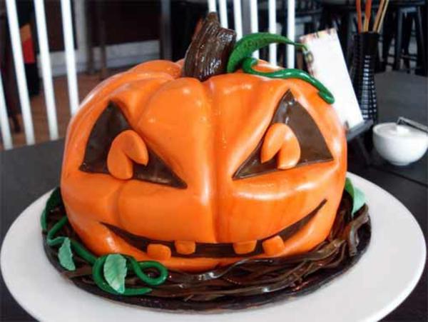 Halloween Ideen kürbisse torten kuchen schokolade