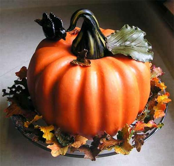 Halloween Ideen kürbisse torten kuchen ständer