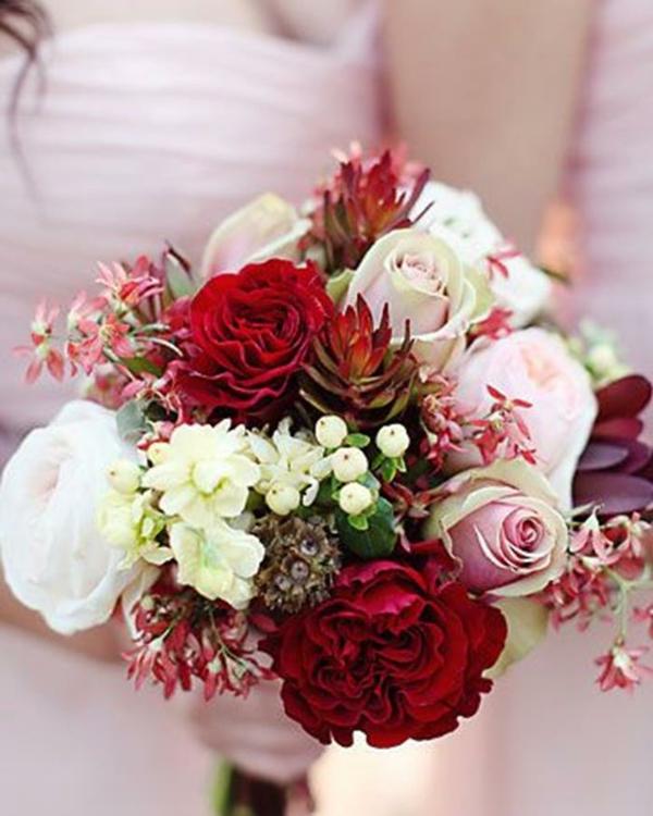 Hochzeitsblumen Coole Brautsträuße rosen Bilder gemischt