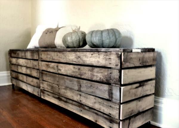 Flur Sitzbank aus Holzpaletten bretter