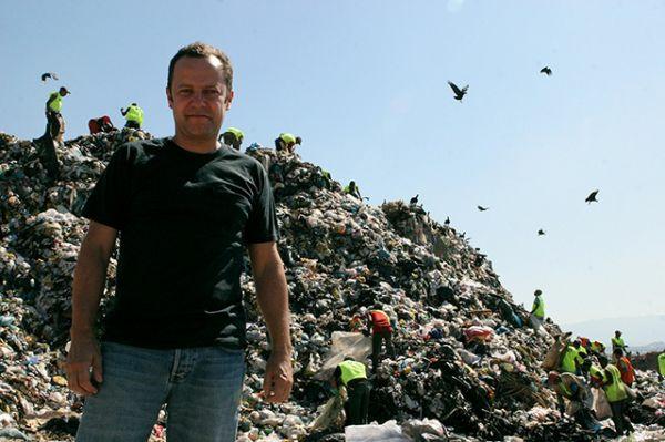 Kunstwerke aus Müll und Abfall designer brasilien