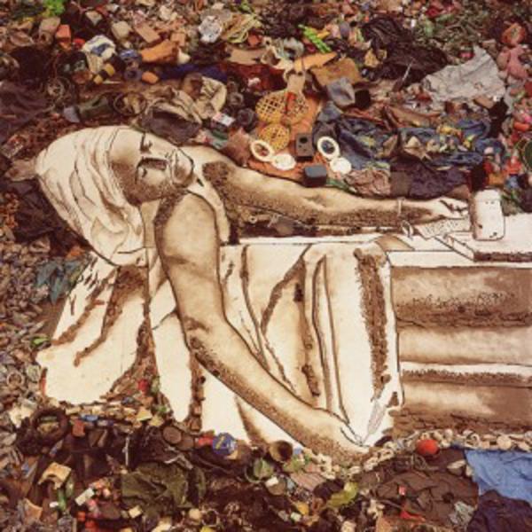 Kunstwerke aus Müll und Abfall fotos wohltätigkeit