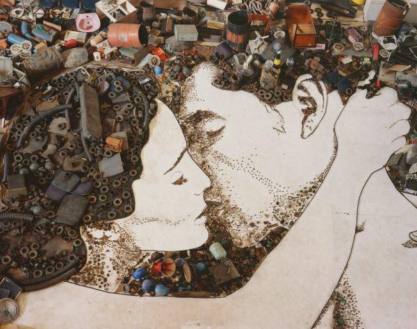 Kunstwerke aus Müll und Abfall liebe