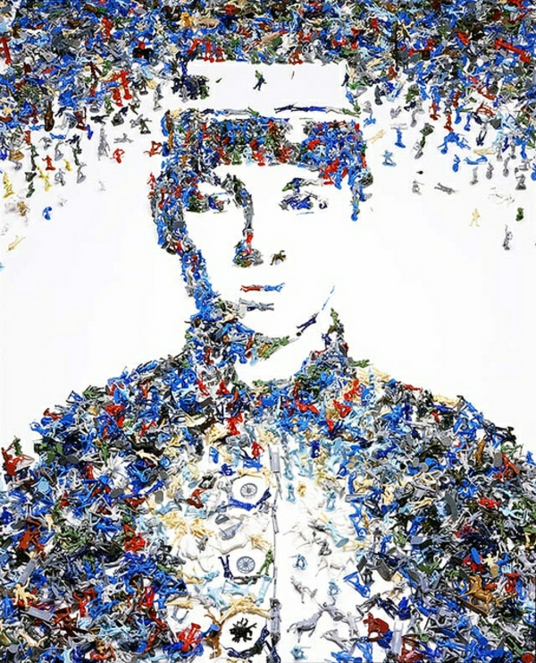Kunstwerke aus Müll und Abfall mann vik muniz
