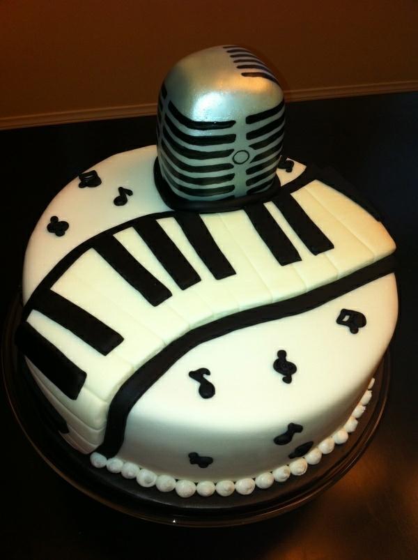 Leckere Torten singen Musik