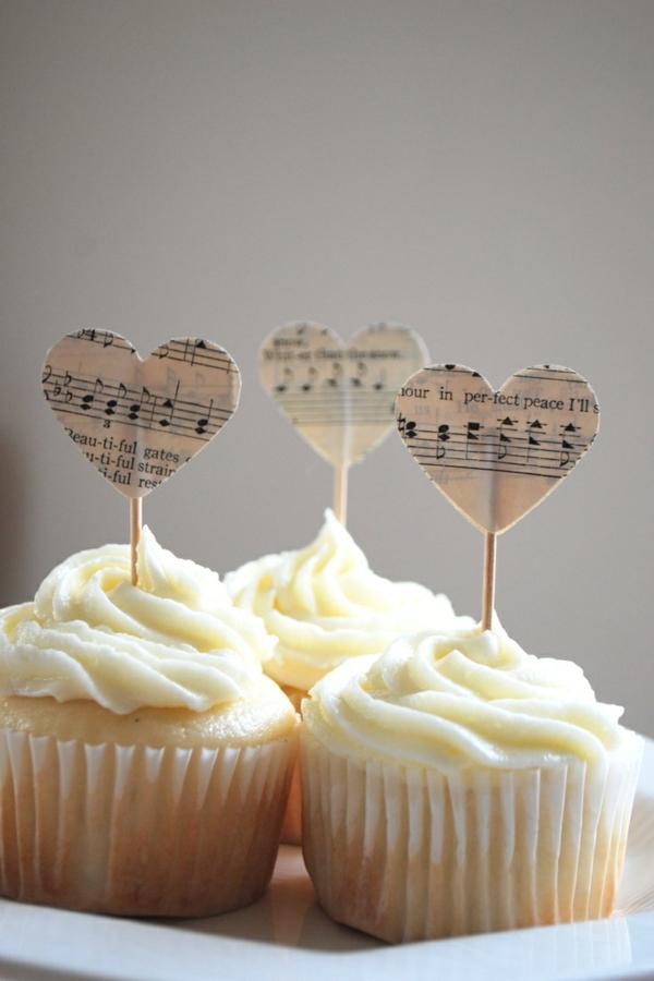 Leckere Musik Torten weiß muffins creme