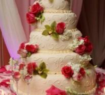 Mehrstöckige Hochzeitskuchen und Torten