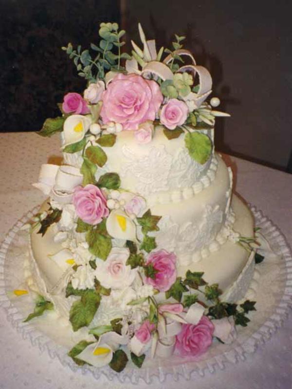 lecker schick Mehrstöckige Hochzeitskuchen Torten mehrstöckig rosa