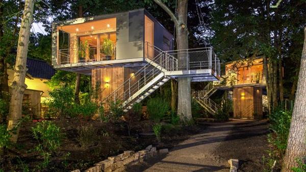 fußweg beton Baumhaus berlin baumhaushotel ergonomisch