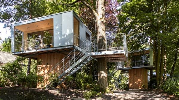 Magisches Baumhaus berlin baumhaushotel fassade