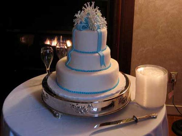 Mehrstöckige zierband Hochzeitstorten kuchen braut glasur